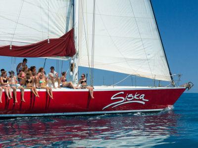 Siska 2 Days 1 Night | Whitsundays Overnight Sailing Tour