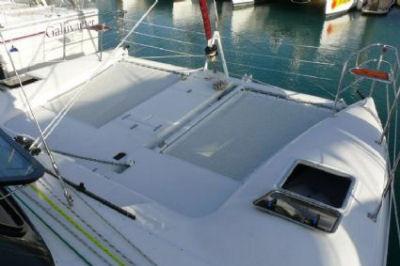 Seawind 1000 XL Mintaka - Bareboat Charter Yacht