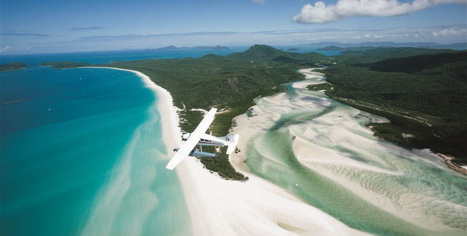 Outer Reef & Beach Seaplane Scenic Flight over the  Hill Inlet at Whitehaven Beach