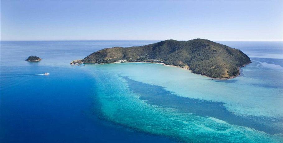Whitsunday Islands Scenic Flight by Seaplane