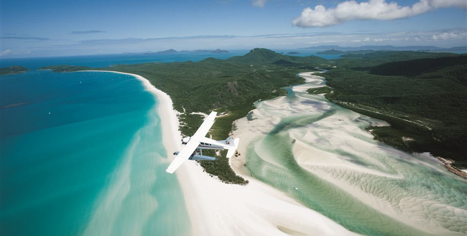Seaplane over Hill Inlet Shifting Sands