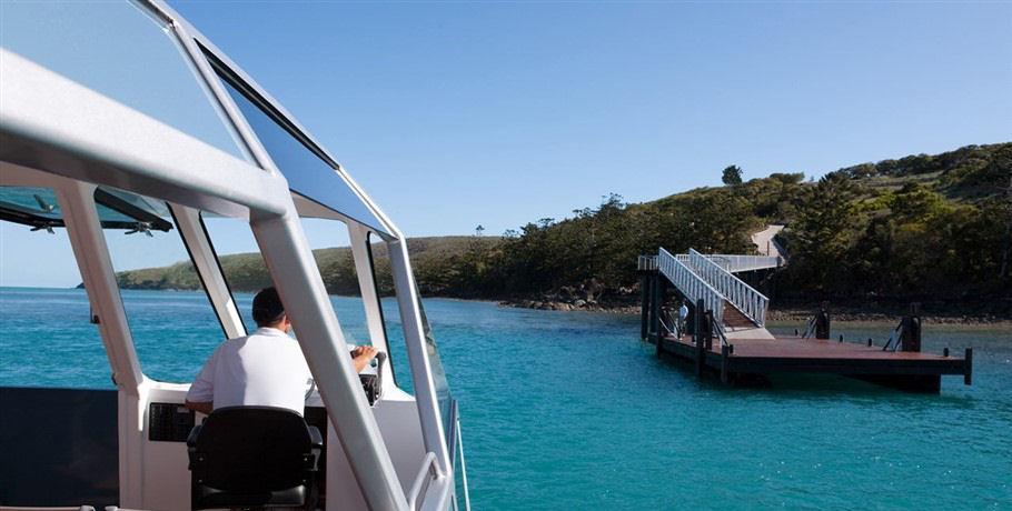 Transfer from Hamilton Island to Dent Island