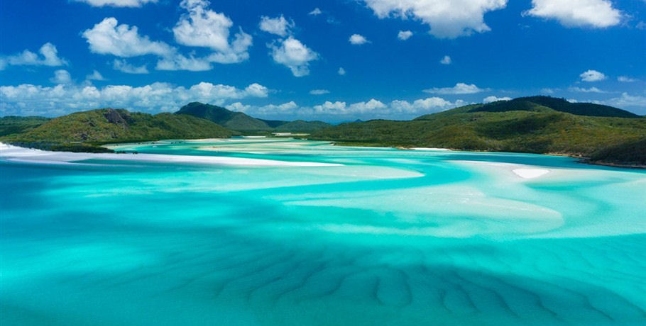 Shifting Sands of the Hill Inlet Whitsunday Island