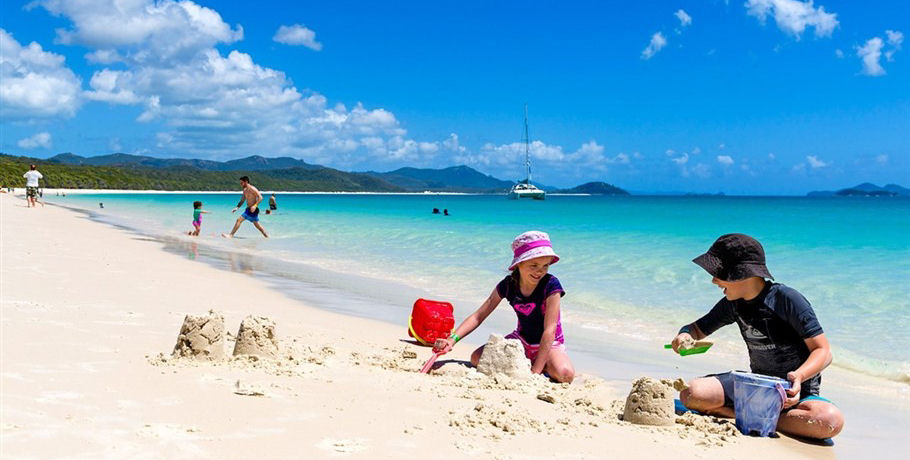 Family Friendly Whitsundays Airlie Beach Day Tour